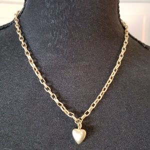 Jewelry - Antiqued gold color heart necklace